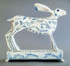Porcelain Hare by Georgina Warne Ceramic Pottery, Pottery Art, Ceramic Art, Ceramic Beads, Pottery Ideas, Ceramic Animals, Clay Animals, Art Sculpture, Animal Sculptures