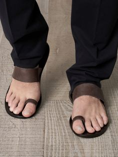 Minimalism in footwear - should be a requirement for men with handsome feet.