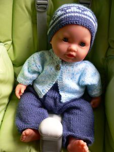tricot_de_poup_e - Photo Doll Toys, Baby Dolls, Reborn Toddler Girl, Baby Born, Knitted Dolls, Christmas Baby, Stuffed Toys Patterns, Toys For Girls, Blog