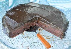sjokoladekake med søtpotet, rødbeter og sorte bønner-1