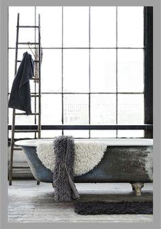 http://www.vogliacasa.it/vasche-da-bagno-in-stile-retro