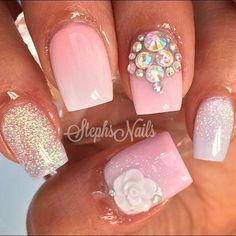 #pink#white#blushcolor#acrylicnails#ombre#glitteryclear#love#cutenails#diamonds#floral#notpolish#nailgame#stephsnails#stephset