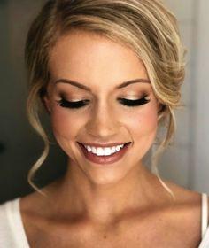 Wedding Makeup For Blue Eyes, Wedding Eye Makeup, Makeup Looks For Green Eyes, Bridal Makeup Looks, Blue Eye Makeup, Wedding Hair And Makeup, Hair Makeup, Hair Wedding, Bridesmaid Makeup Blue Eyes