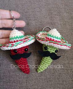 Ardei iute mexican o alegere bună. Kawaii Crochet, Crochet Food, Cute Crochet, Crochet Crafts, Crochet Yarn, Yarn Crafts, Crochet Projects, Crochet Keychain Pattern, Crochet Patterns Amigurumi