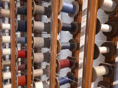 Das Textilmuseum in Haslach. Um 10.00 gibt's von Mo bis Fr empfehlenswerte Führungen. Auch für Y-Chromosonenträger ist ausreichend etwas dabei. Museum, Wine Rack, Storage, Furniture, Home Decor, House, Purse Storage, Homemade Home Decor, Larger