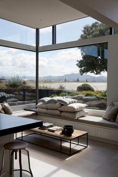 East coast house, Auckland, NZ. Daniel Marshall Architect.