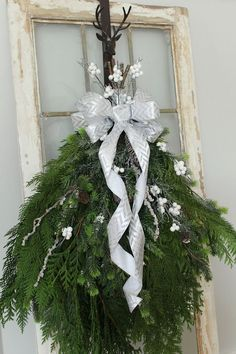 DIY Christmas Swag Wreath - Clean and Scentsible Simple tutorial to create a beautiful, rustic Christmas swag wreath. Perfect for your Christmas decor or Christmas porch. Christmas Swags, Xmas Wreaths, Outdoor Christmas, Rustic Christmas, Christmas Fun, Christmas Greenery, Primitive Christmas, Christmas Projects, Christmas Crafts