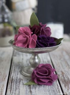 Exquisite Folded Felt Roses ... several felt flower tutorials