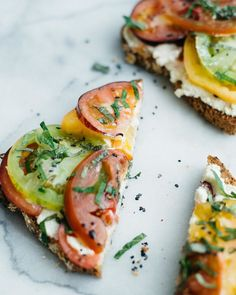 Tomato toasts with with ricotta