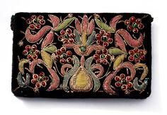 Velvet zardozi embroidered clutch purse. India, 1950s