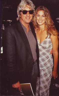 Richard gere & wife Cindy Crawford 1993. They were married from 1991-95. This was his first marriage. They had no children. Who knew!
