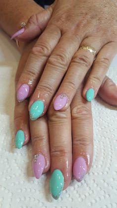 Pastel gel nails 💕