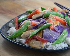 """Thai Coconut """"Create Your Own"""" Recipe Wok Recipes, Thai Coconut, Green Beans, Chicken, Meat, Vegetables, Food, Essen, Vegetable Recipes"""