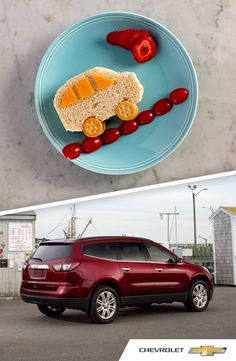 "We're saying ""yes"" to playing with your food! Learn how your kids can make their own Chevrolet Traverse with turkey and cheese."