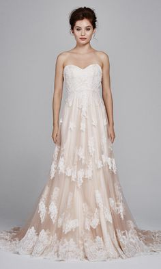 See new Kelly Faetanini wedding dress from the designer's Fall 2017 bridal collection. Flowing Wedding Dresses, Pink Wedding Dresses, Wedding Dress Trends, Wedding Dress Styles, Bridal Dresses, Wedding Gowns, 2017 Wedding, 2017 Bridal, Lace Wedding