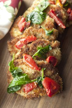 Italian Pork Cutlet Florentine recipe is a simple way to mix up your dinner routine! Juicy, boneless breaded pork chops combine with many tasty flavors. Pork Cutlet Recipes, Cutlets Recipes, Pork Chop Recipes, Pork Meals, Rib Recipes, Banana Recipes, Paleo Recipes, Dinner Recipes, Breaded Pork Chops