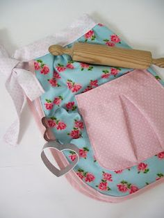 Apron with pocket tutorial