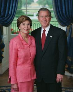 President George and First Lady Laura Bush President 2001 - 2009 American First Ladies, American Women, American History, Laura Bush, Barbara Bush, George Walker, George Hw, Presidents Wives, American Presidents