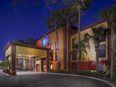 Orlando (FL) Best Western PLUS Universal Inn United States, North America Ideally located in the prime touristic area of International Drive North - Universal, Best Western PLUS Universal Inn promises a relaxing and wonderful visit. The hotel offers guests a range of services and amenities designed to provide comfort and convenience. Free Wi-Fi in all rooms, 24-hour front desk, facilities for disabled guests, Wi-Fi in public areas, car park are just some of the facilities on o...