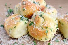The easiest garlic knots ever made with a 2 ingredient dough! Simple, delicious and ready to eat in 30 minutes! Garlic Parmesan Knots, Bread Recipes, Cooking Recipes, Cooking Tips, Dinner Recipes, Dessert Recipes, Dinner Ideas, Desserts, Plain Greek Yogurt