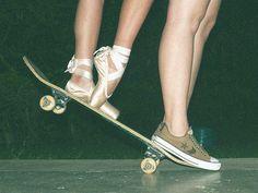 Grunge ballet and skateboard girl Ballet Photography, Tumblr Photography, Tumblr Ballet, Tutu, Lila Baby, Grunge Tumblr, Dance Poses, Pointe Shoes, Ballet Shoes