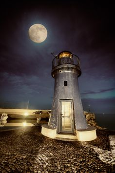 Photo The lighthouse by Alessandro Butteri on 500px