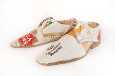 sepatu keren nih, Cardboard shoes!