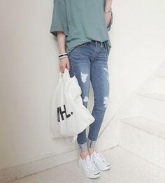 awesome ha-roro by http://www.globalfashionista.xyz/korean-fashion-styles/ha-roro-13/