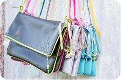 Un tutoriel pour réaliser un joli sac coloré. Idéal pour l'arrivée du printemps !