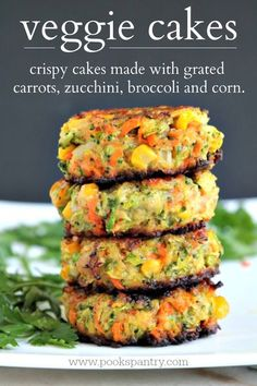 Crispy, easy veggie cakes made with grated vegetables – carrots, zucchini, broccoli and corn. Great for lunches, side dish or your small picky eaters.  #vegetablerecipes #vegetarianrecipe #vegetarian #healthysidedish #vegetables Veggie Cakes, Vegetable Cake, Healthy Vegetable Recipes, Healthy Vegetables, Vegetable Side Dishes, Vegetarian Recipes, Veggies, Best Side Dishes, Healthy Side Dishes