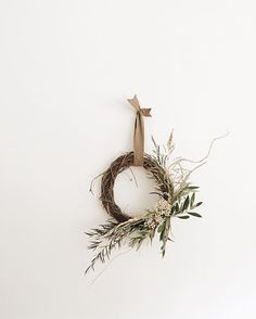 Simple wreath.