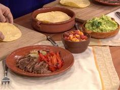 Meaty, delicious carne asada makes an easy meal Mexican Dishes, Mexican Food Recipes, New Recipes, Dinner Recipes, Cooking Recipes, Favorite Recipes, Healthy Recipes, Ethnic Recipes, Dinner Ideas