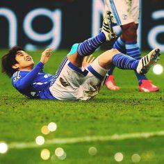 「Durchatmen, Kraft tanken und Samstag in der #Bundesliga wieder siegen! #s04」
