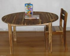 Childrens Wooden Round Table