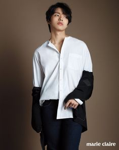 Fresh college student and in-demand young actor, Yeo Jin Goo, goes through a number of tailored outfits for the April edition of Marie Claire Korea. Child Actors, Young Actors, Asian Actors, Korean Actors, Korean Dramas, Jin Goo, Sad Movies, Kdrama Actors, Lee Jong Suk