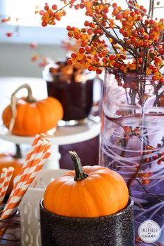 Stylish Decor Ideas for Fall Entertaining: Colorful Fall Centerpiece
