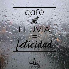 Café  Lluvia = Felicidad #coffeelover #coffeetime #caféylluvia #disfrutandocadasegundo