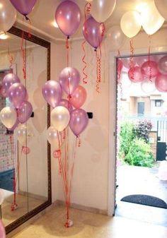 Decoración de comuniones en casa: Fotos de ideas - Decoración con globos para la Primera Comunión
