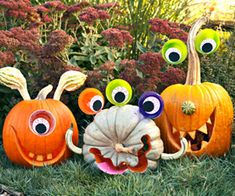 So cute!  Monster pumpkins!  I wonder if I could do this...realistically.