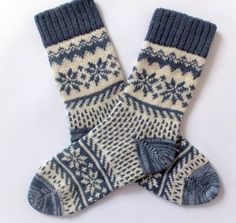 Scandinavian Wool Socks with patterns. Women and Men wool socks. Leg warmer -Classic Scandinavian Wool Socks with patterns. Women and Men wool socks. Crochet Socks, Knitting Socks, Knitting Machine, Decor Scandinavian, Scandinavian Pattern, Unique Socks, Warm Socks, Warm Winter Socks, Patterned Socks