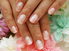 Hibiscus nail art by aya1gou, via Flickr