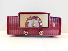 VINTAGE-1955-GENERAL-ELECTRIC-JETSONS-SPACE-AGE-OLD-RETRO-MID-CENTURY-RADIO