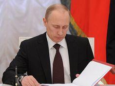 Vì sao Tổng thống Putin ký sắc lệnh 'trảm' 16 tướng?
