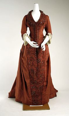 Dress 1888, French, Made of silk