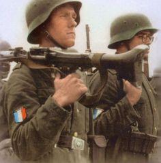 French SS Nazis
