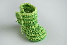Crochet Baby Booties – GREEN ZEBRA | Croby Patterns