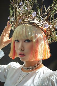 Kpop Girl Groups, Korean Girl Groups, Kpop Girls, Wheein Mamamoo, Kiss Pictures, Make Up, Purple, Beauty Girls, Journalling