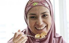 Aberto restaurante halal na Universidade de Tóquio. A Universidade Sophia, em Tóquio, abriu um restaurante de comida