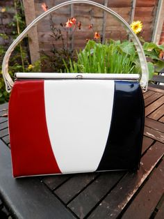 Vintage Leon of California Handbag Kelly Bag Style Vintage 1950s 1960s Cream Red Blue Patent Leather