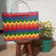 Valentine Gift Baskets, Valentine Gifts, Plastic Canvas Crafts, Bargello, Canvas Patterns, Needlepoint, Needlework, Diy And Crafts, Cross Stitch